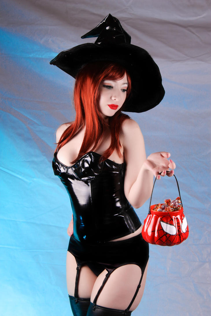 Trick or Treat (Mary Jane Watson - Halloween) by Kitty-Honey