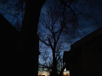Deep blue sunset by photocean