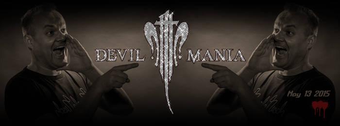 Devil Mania mit Fingerzeig
