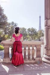 Red Dress, fashion Museum, Paris