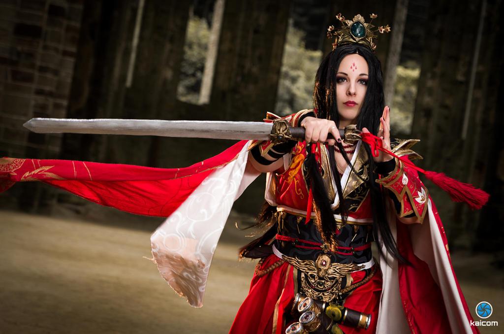 Female Wizard by Shadow-of-Shana