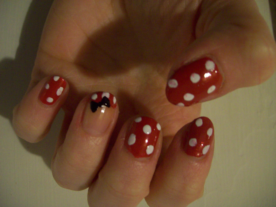 Minnie Mouse Bow Nail Art Minnie Mouse Nail Art by