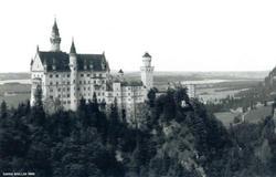 Schloss Neuschwanstein 01 by BlackSweetness