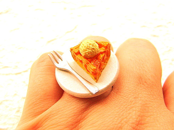 Apple Pie Vanilla Ring by souzoucreations