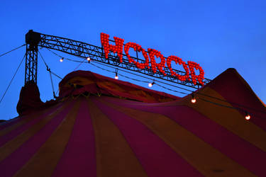Horror circus! by PeteriDish