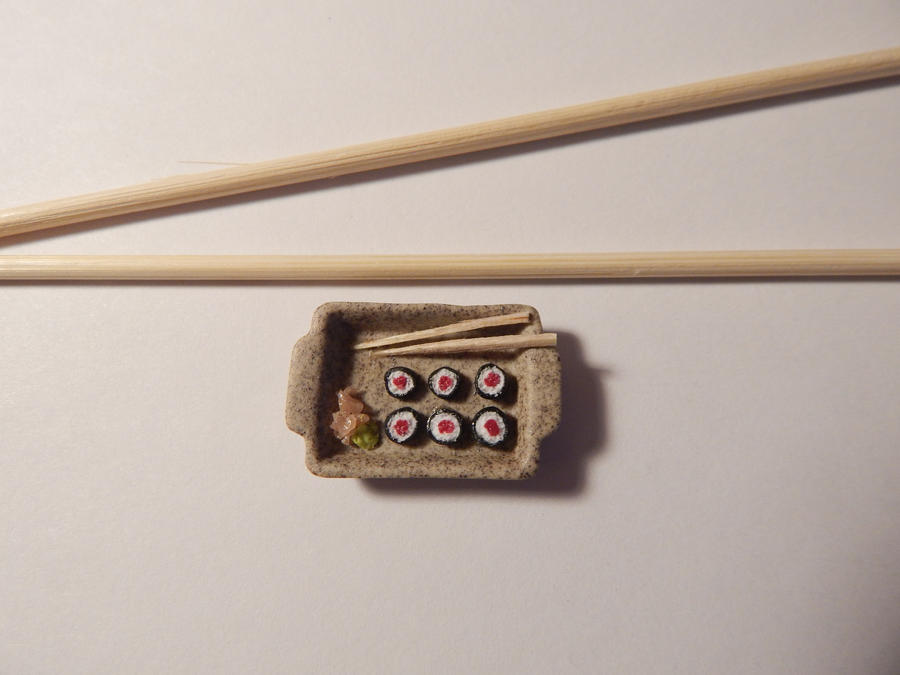 Miniature Tuna Rolls - Redo by sonickingscrewdriver