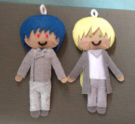 2 Key Chains by lazingclouds