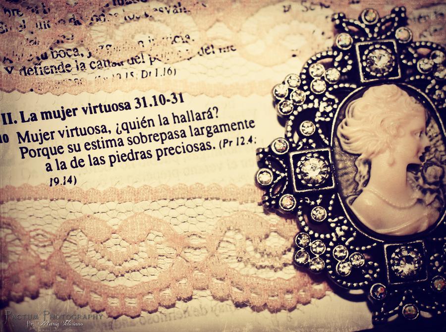 Virtuosa by MariaFeliciano