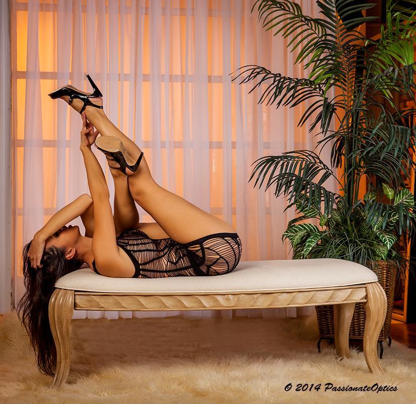 Kerri Taylor Bed by modelkerritaylor