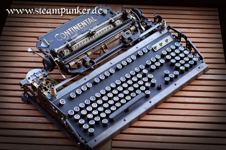 steampunk computer keyboard by steamworker