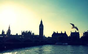 London_ by JuNosOut