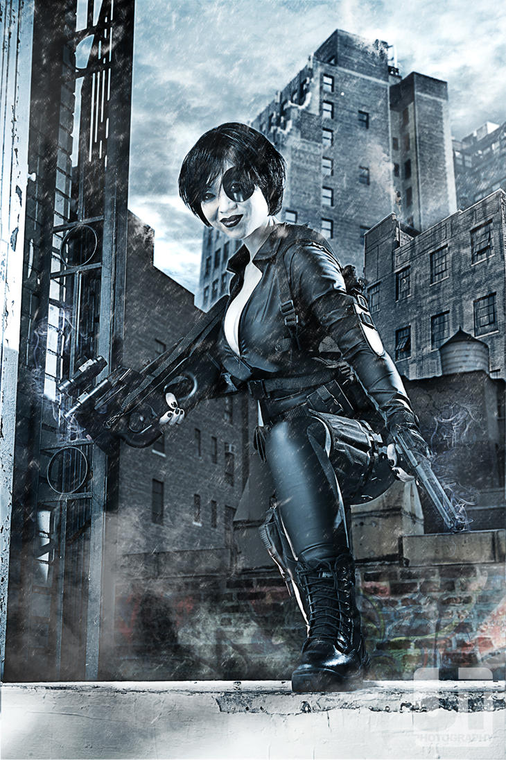 Domino by jaytablante