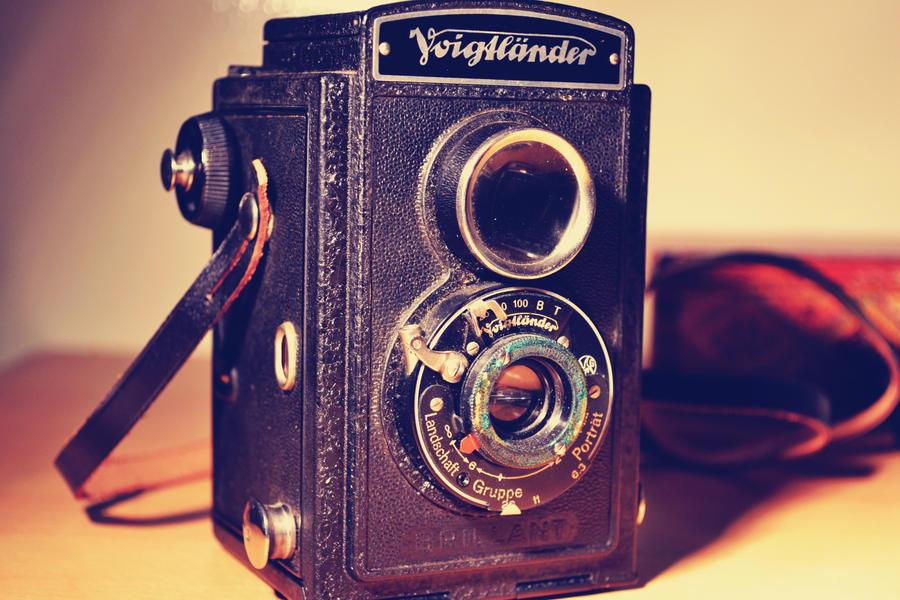 old camera VII by MaithaNeyadi