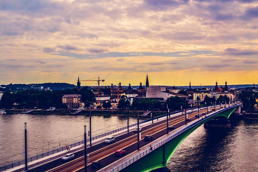 sunset bridge by MaithaNeyadi