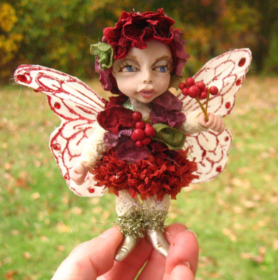 Berri Woodland Fairy by gossamerfae