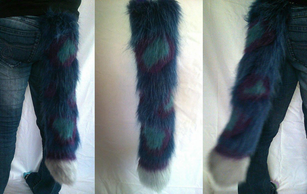 Blue and purple leopard tail by Mist-Fang