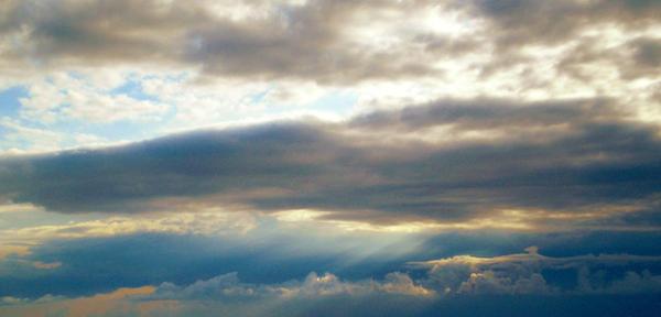 Stormy sky by Calli-a