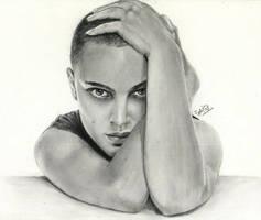 Natalie Portman - V for vendetta by jy0ti
