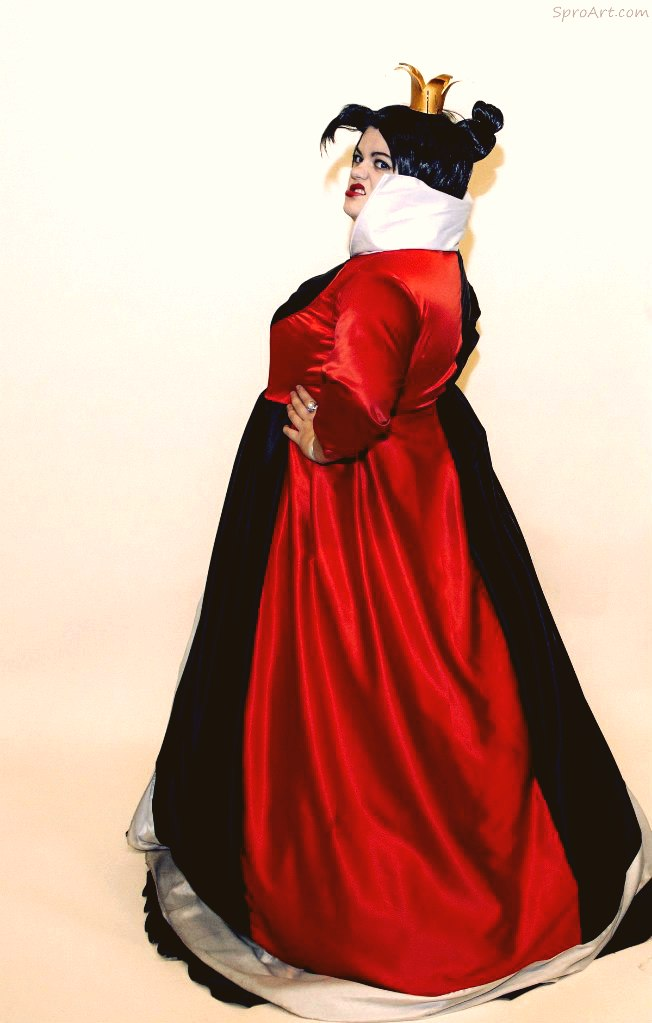 Queen of Hearts by Matsu-Sotome