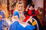 Queen of Hearts and Alice - Alice in wonderland