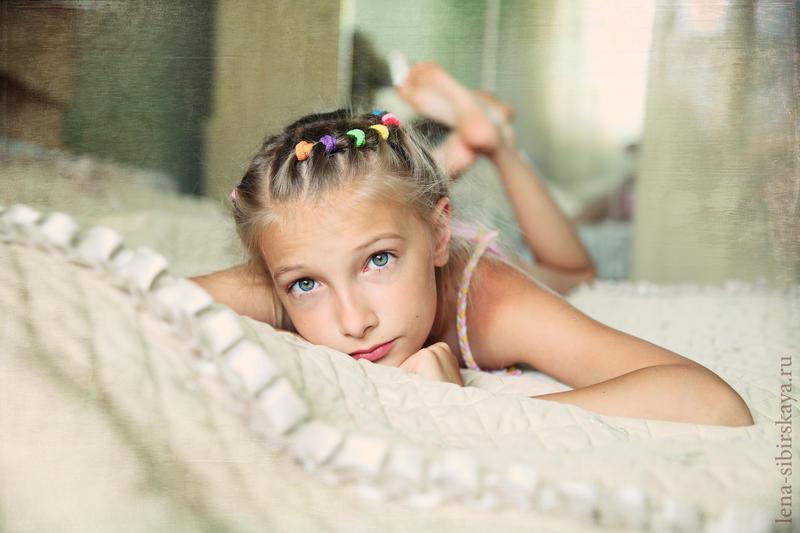 Girl by elenafromsiberia on DeviantArt