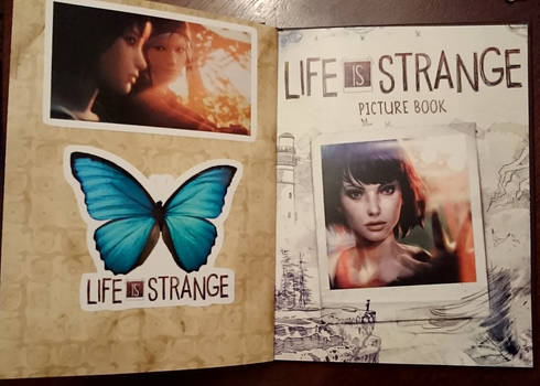Life Is Strange Artbook - with stickers