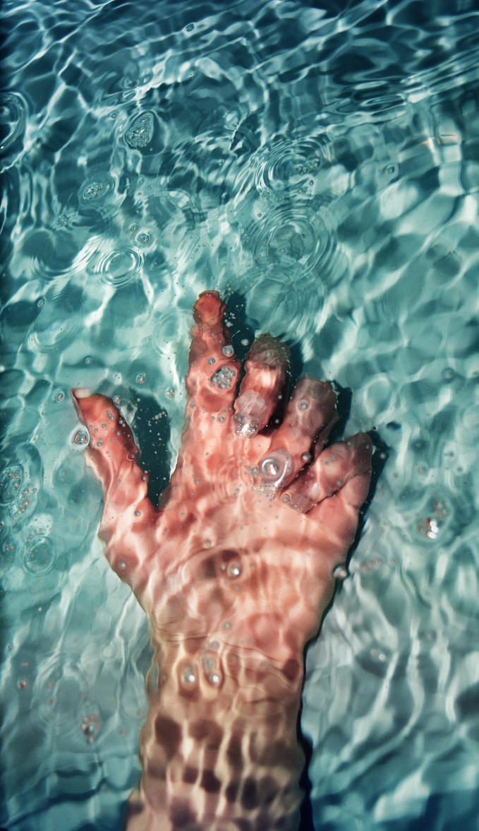 Drowning by screenname911