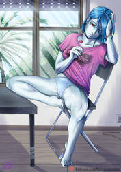 Blue Poison : pose cotidiana