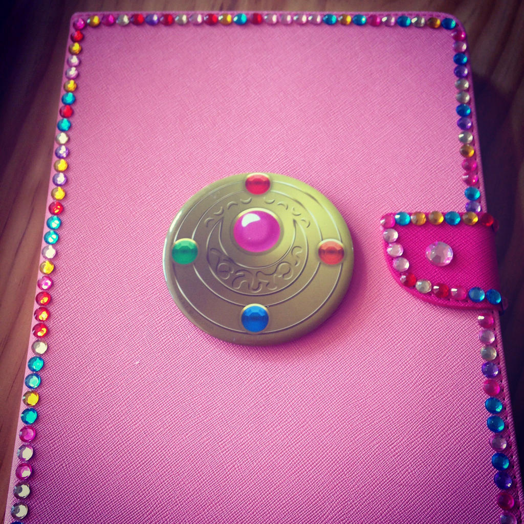 Sailor Moon iPad case by GlitterQueen