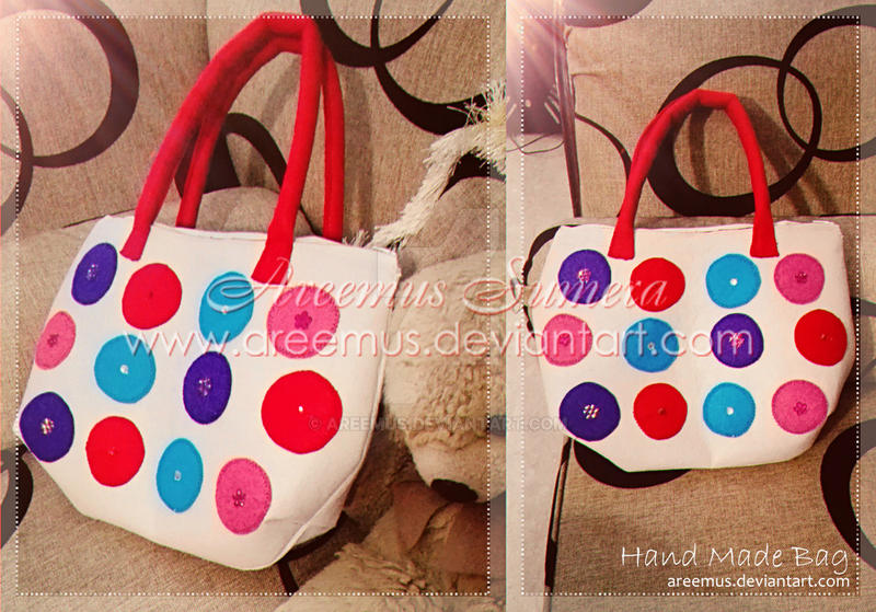 Hand made Felt Bag by areemus