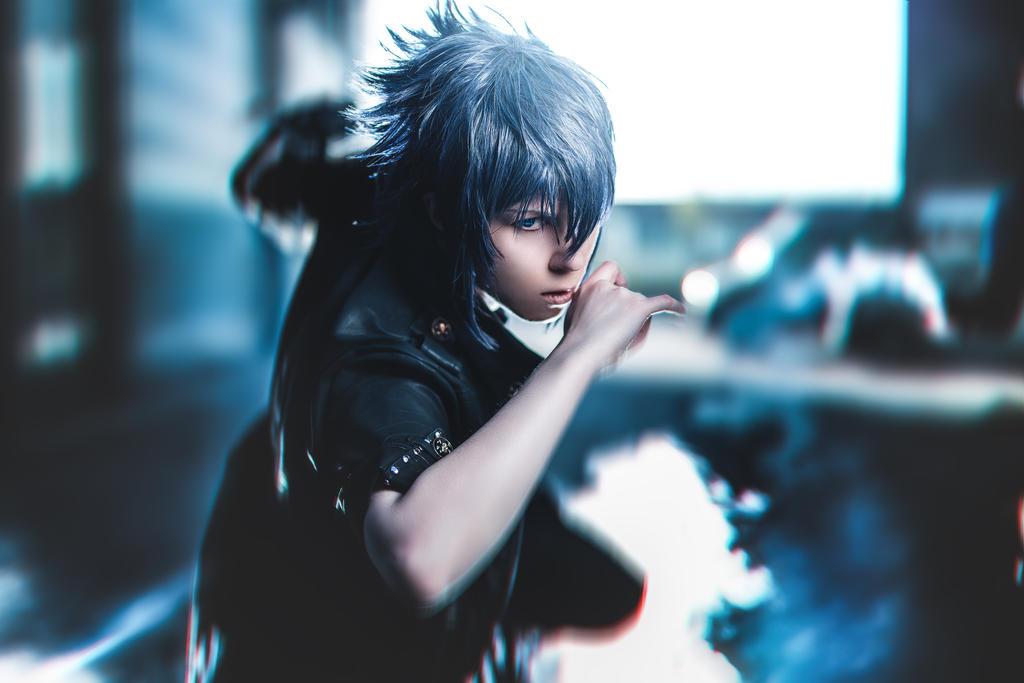 Final Fantasy 15 Noctis Cosplay by K-I-M-I