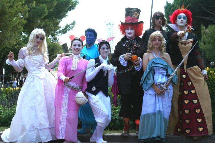 Alice In Wonderland Group 13