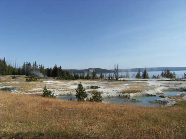 Yellowstone West Thumb View by rioka