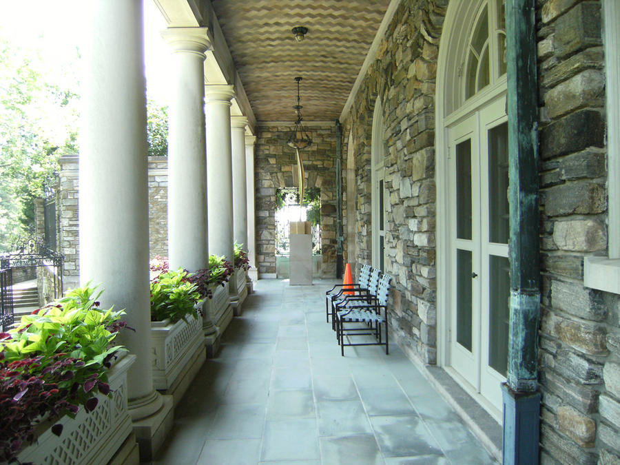 Kykuit Porch by rioka