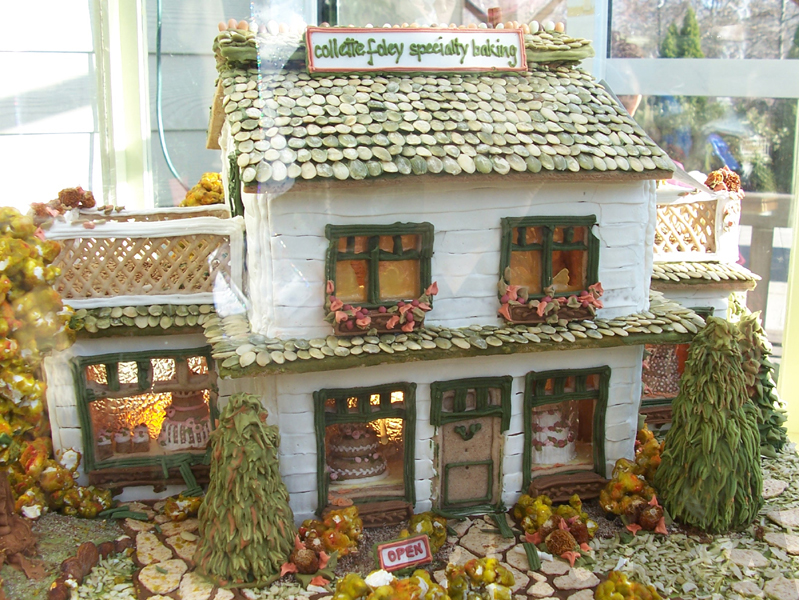 Droolworthy Gingerbread House by rioka