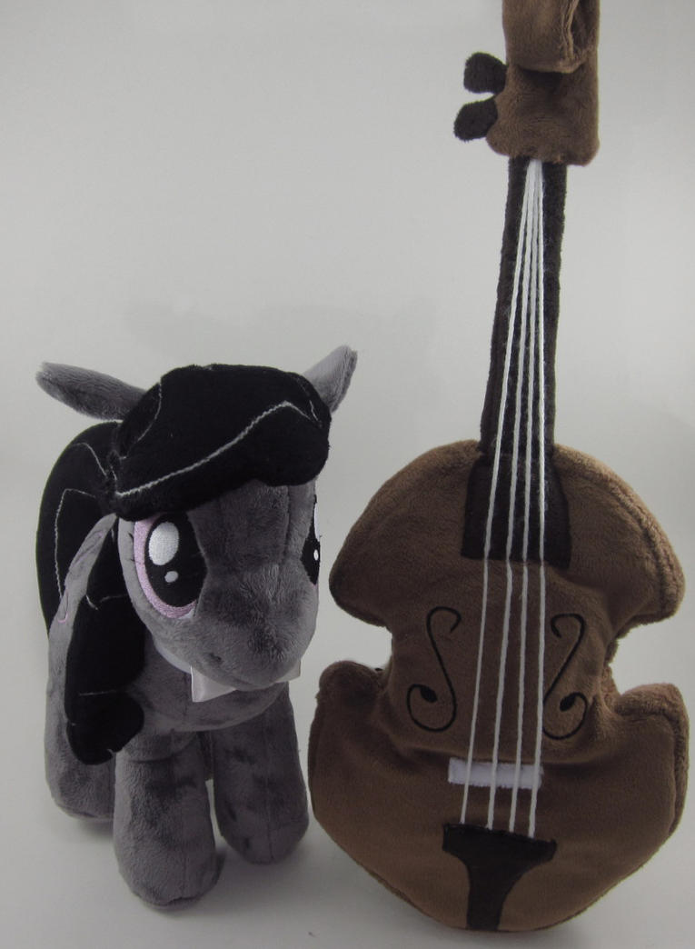 Octavia Plushie with Cello by Brainbread