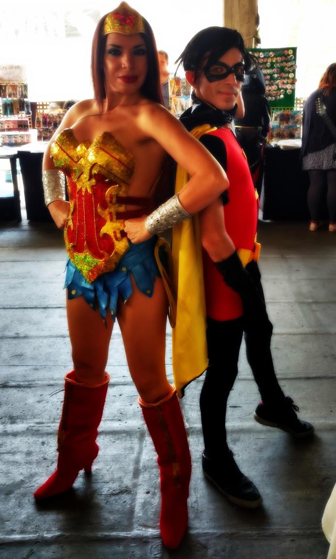 Wonder Woman and Wonder Boy by TeatroRodarly
