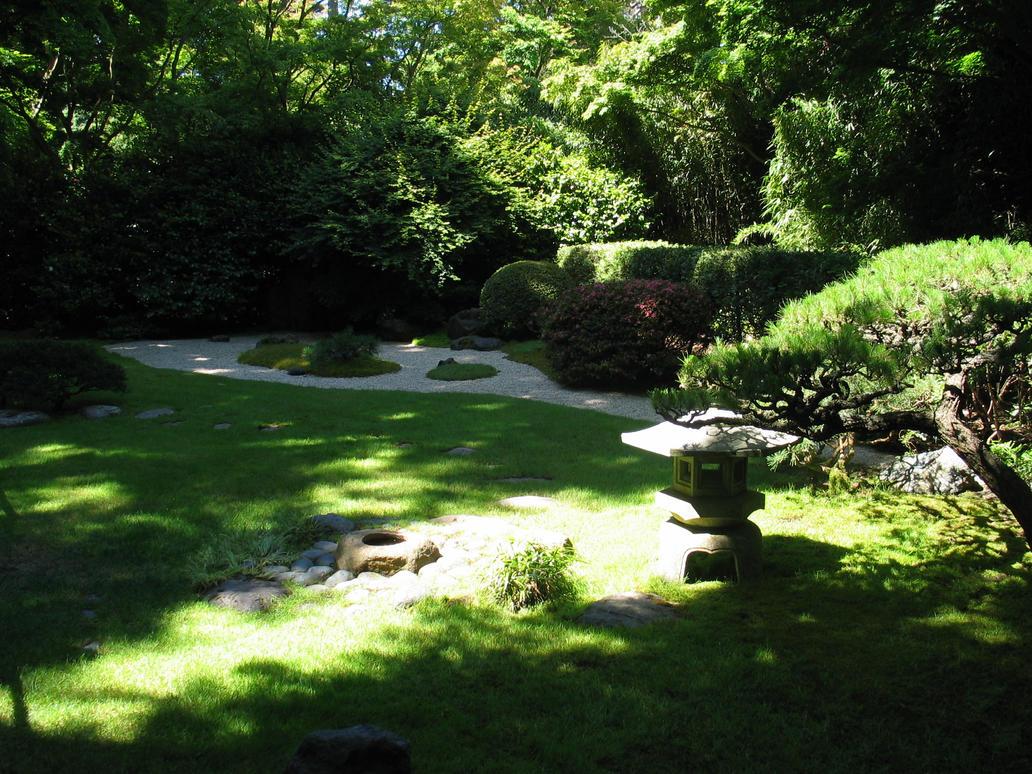 http://th04.deviantart.net/fs11/PRE/i/2006/195/7/6/Culture_Center_Zen_Garden_by_bakallama.jpg