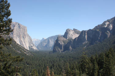 Yosemite - El Capitan by Topaz172