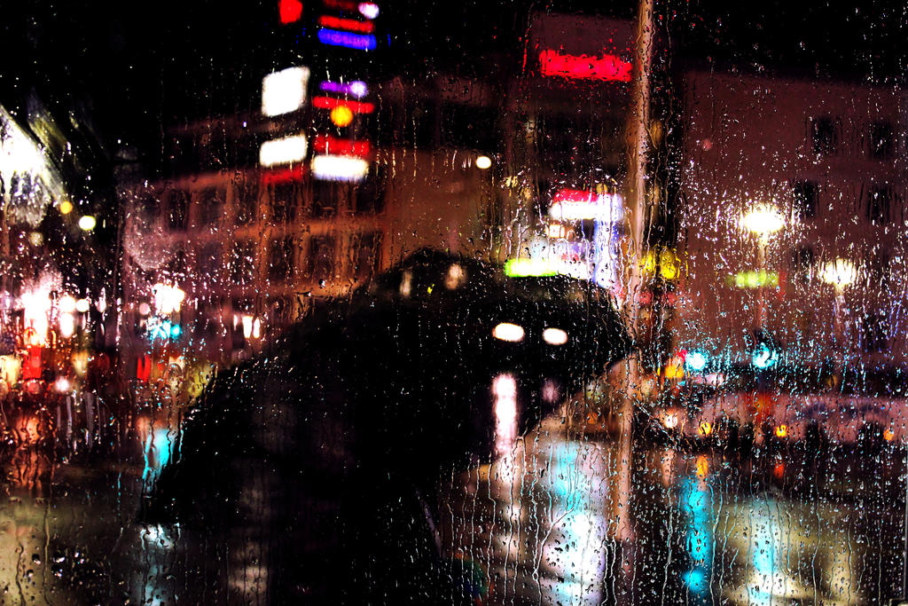 rainy night in Rovaniemi by LiisaP