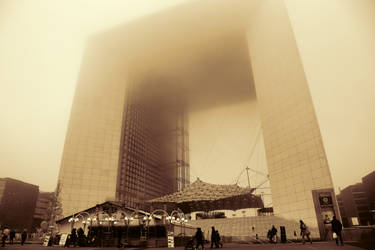 Gold fog 2  La Defense by djooleean