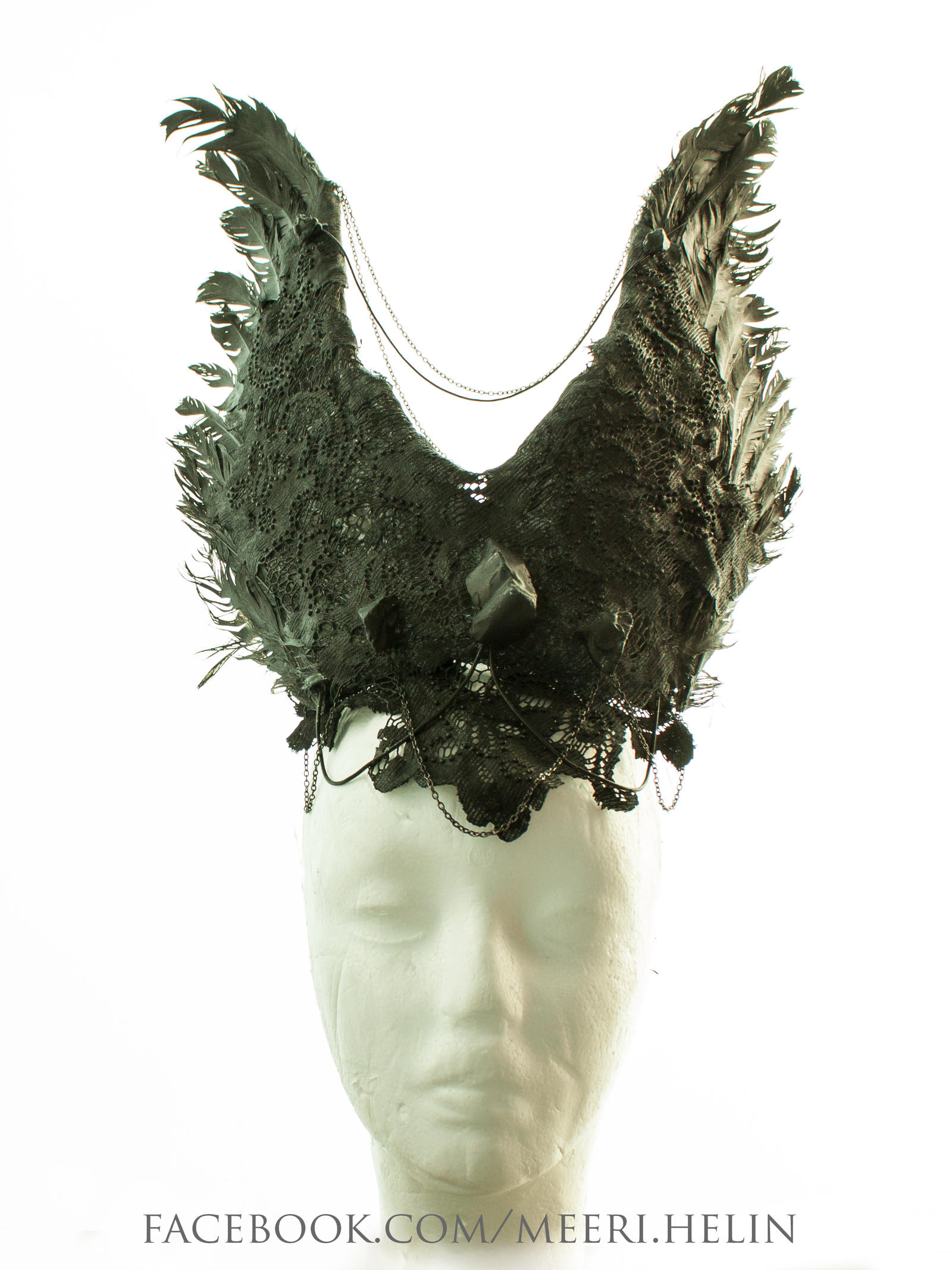 Headpiece black lace/feathers by MeeriHelin