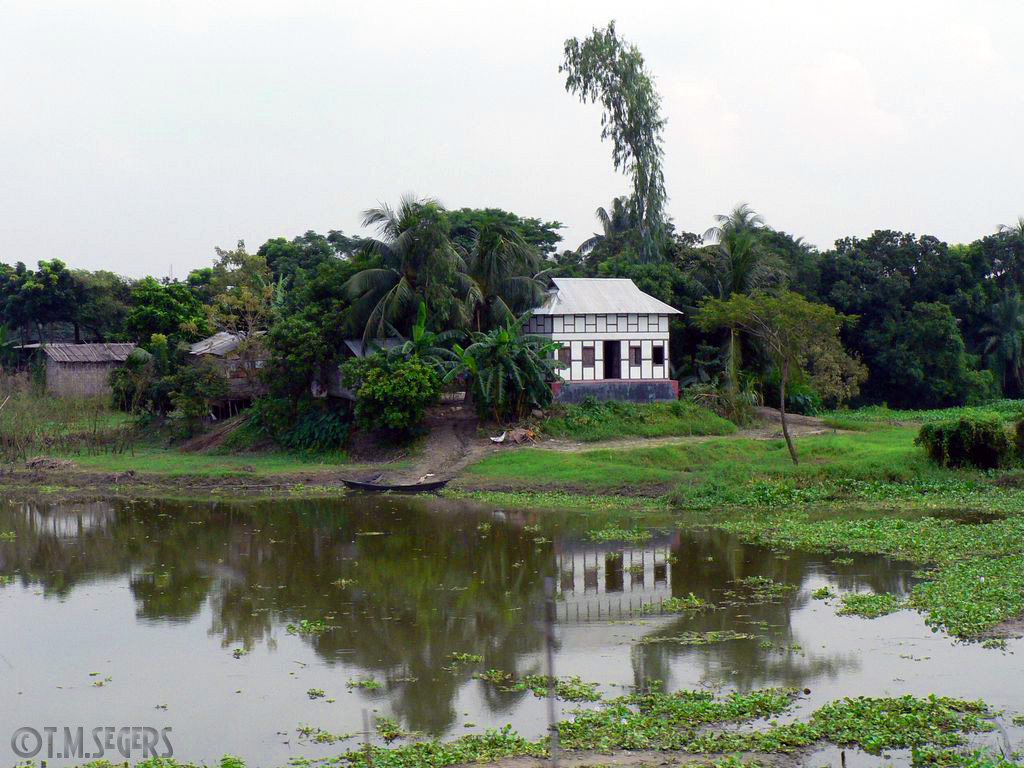 Traditional house in rural bangladesh images frompo for Bangladeshi house image