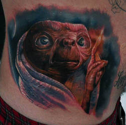 E.T. Extra Terrestrial by chadchase