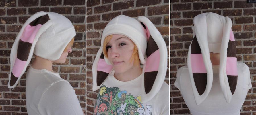Momo Hat by akiseo