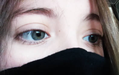 Green/Blue Eyes