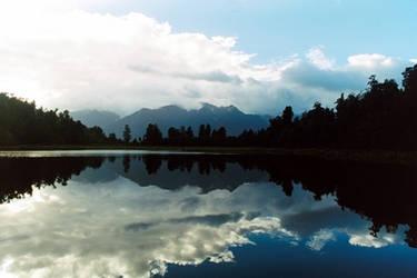 Mirrored lake 001