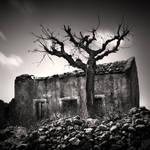 Forgotten House by Jez92