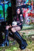 Horror Girl by CradleOfDoll