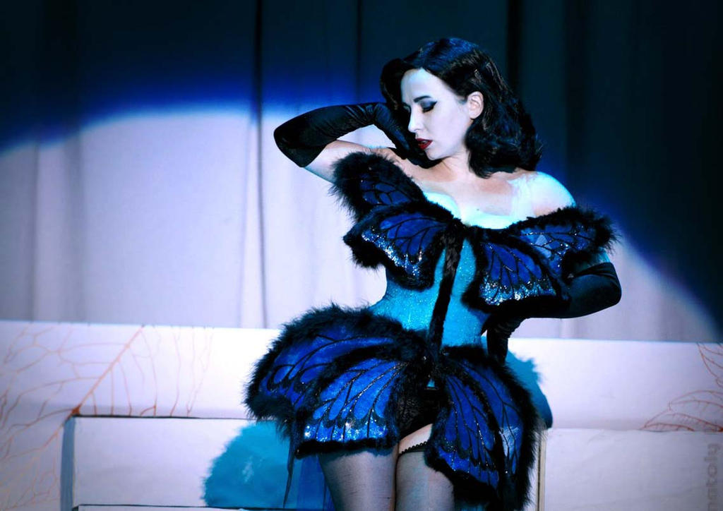 Dita Von Teese style by AliceBlacfox